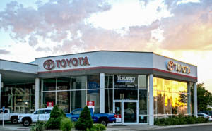 commerical-toyota-dealership